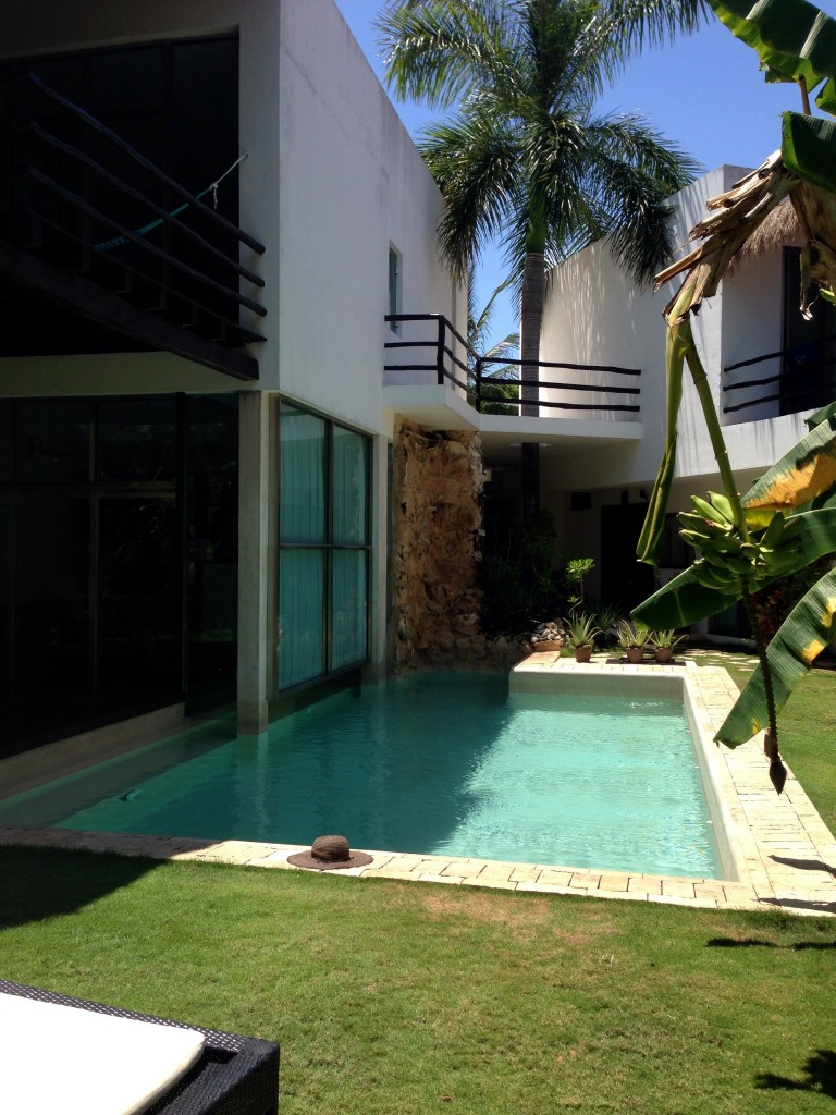 a condo, staying in playacar